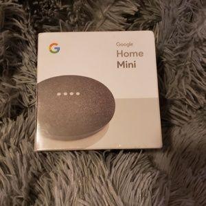 Google Home Mini Charcoal - Google Assistant